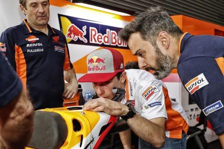 Marc Márquez cree que Dovizioso sigue siendo el rival a batir pese a las posiciones de parrilla