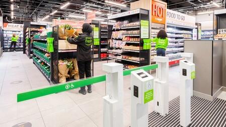 El primer supermercado sin cajeros de Amazon ha llegado a Europa: así arranca Fresh en Londres