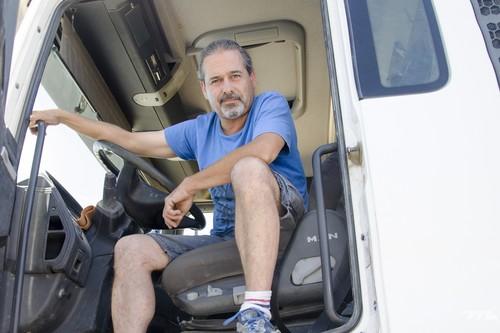 """Camioneros por vocación: """"No cambiaría mi oficina con ruedas por nada del mundo"""""""