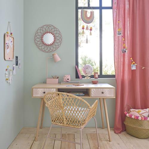 Espejo de ratán rosa