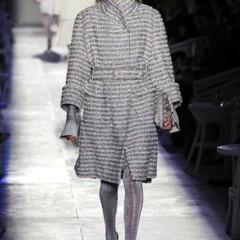 Foto 22 de 61 de la galería chanel-alta-costura-otono-invierno-2012-2013-rosa-gris-brillos-y-nuevo-vintage en Trendencias