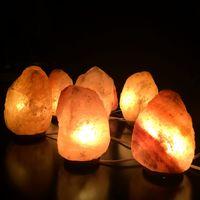 No, ni las lámparas de sal, ni las esferas de cristal van a mejorar la energía de tu hogar