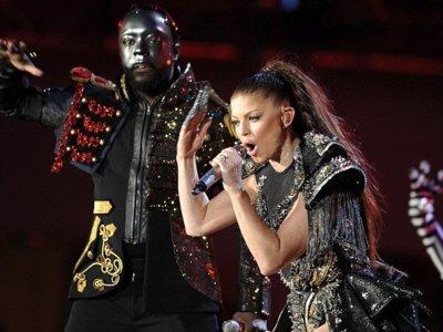 Espectacular concierto en la Copa del Mundo: el duelo de divas de Fergie, Shakira y Alicia Keys