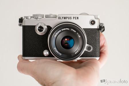 Olympus PEN-F, una cámara muy bonita y con buenos argumentos para enamorar (pero no al bolsillo)