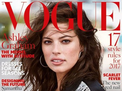 Vogue le hace un hueco en su portada a Ashley Graham, la modelo de tallas grandes. Pero sólo para su rostro