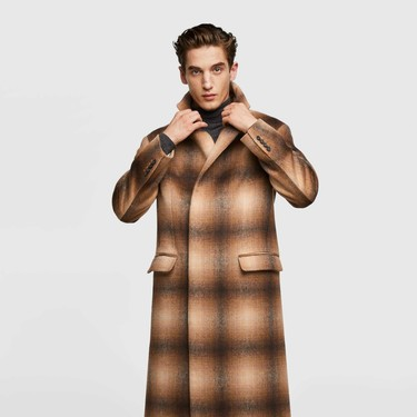 Clonados y pillados: el mejor abrigo a cuadros de otoño lo firma No. 21 (pero lo puedes encontrar en Zara)