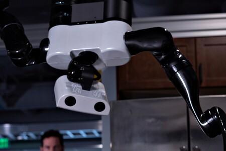 Toyota Robots 05