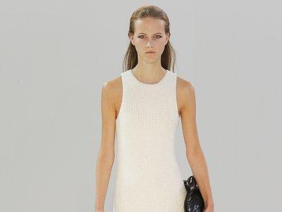 Clonados y pillados: por más que pasen los años, alguien tenía que clonar el vestido de Céline (¡gracias Zara!)