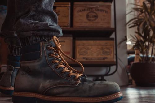 12 chollos en tallas sueltas de botas Caterpillar, Quiksilver o Clarks por menos de 40 euros en Amazon