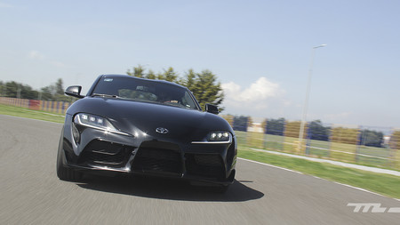 Toyota Supra, a prueba: un nostálgico coupé adicto a los track days (+ video)