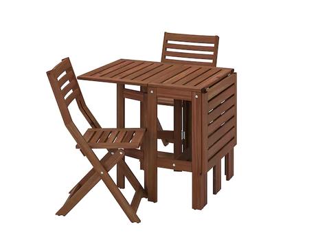 Conjunto de sillas y mesa plegable