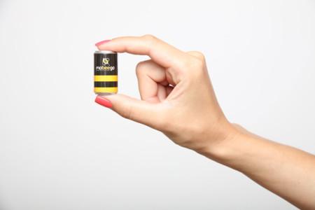 mobeego, una batería externa de un solo uso que te dará unas horas de batería a cambio de dos euros