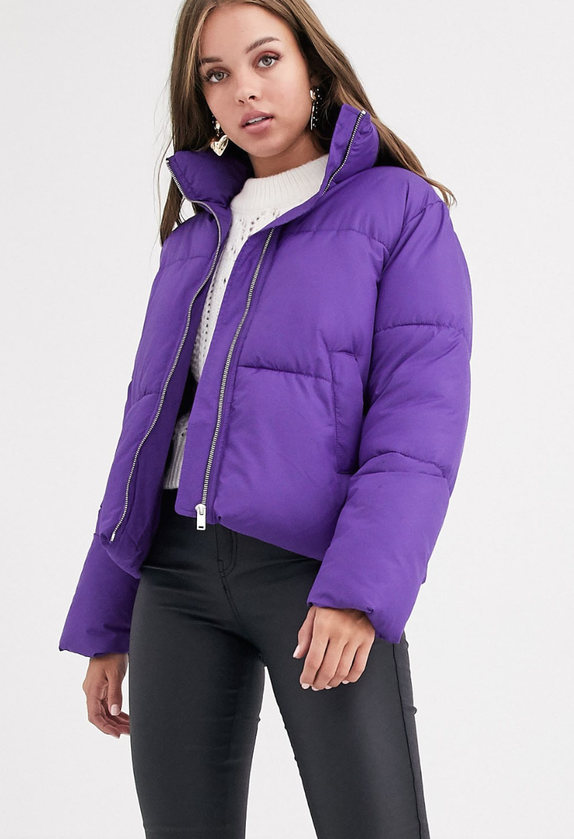 Chaqueta acolchada de corte cuadrado en violeta Kelis de New Look