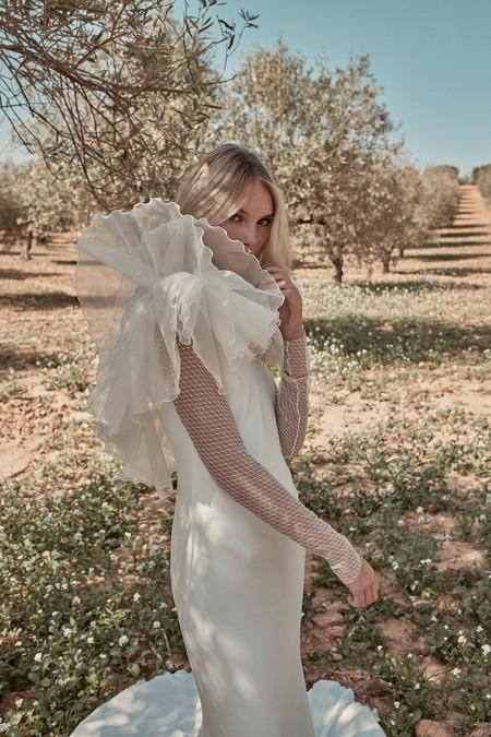 La segunda colección de vestidos de novia de Coosy es absolutamente maravillosa