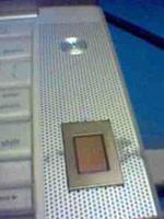"""MacBook Pro """"modeado"""" con sensor biométrico"""