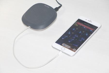 iXpand Base: cargando batería y haciendo una copia de seguridad del iPhone al mismo tiempo