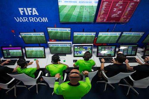 CalVARio arbitral: cuando ni la tecnología salva al fútbol de la polémica