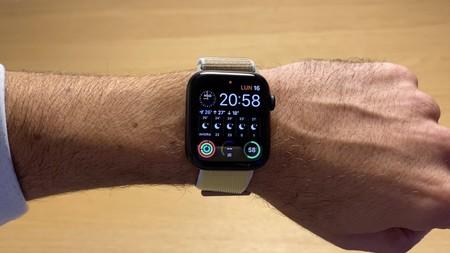 Registra tus entrenos con el último reloj de Apple, ahora mucho más barato en eBay: Apple Watch Series 5 de 44 mm por 403,99 euros