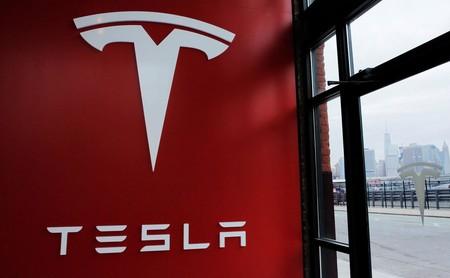 Doug Field vuelve a Apple después de dejar Tesla, trabajará en el proyecto Titan