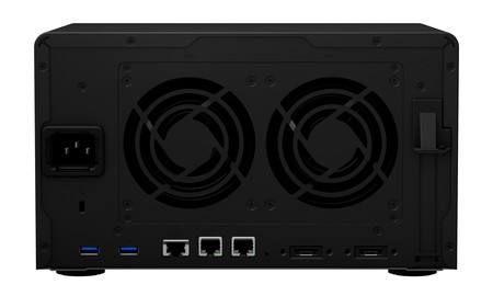 Synology Ds1621xs Back
