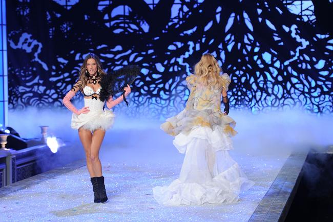 Foto de El desfile Victoria's Secret Fashion 2011: todas las imágenes (40/57)