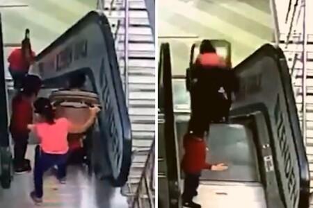 El angustioso vídeo viral en el que una niña y su hermano en el cochecito caen por una escalera mécanica