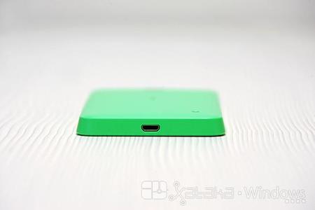 Lumia 630 base y conector microUSB