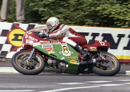 El piloto de motos Mike Hailwood tendrá su propia película sobre su victoria en la Isla de Man con una Ducati 900SS