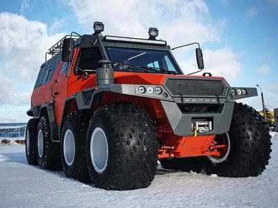 Este mastodonte ruso 8x8 tiene todo lo necesario para ayudarnos a sobrevivir al apocalipsis zombie