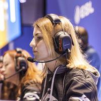 Más de mil millones de mujeres juegan o disfrutan con los videojuegos, según Newzoo. Un 46% de la comunidad de jugadores