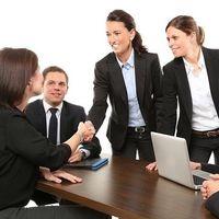 La fortaleza de los lazos débiles o cómo se encuentran los mejores trabajos