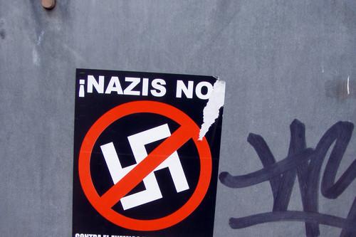 Twitter inicia la suspensión de cuentas: el Partido Nazi Estadounidense y la líder extremista retuiteada por Trump ya están fuera