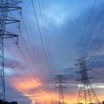 Cómo saber si puedes abaratar tu factura eléctrica rebajando la potencia máxima contratada
