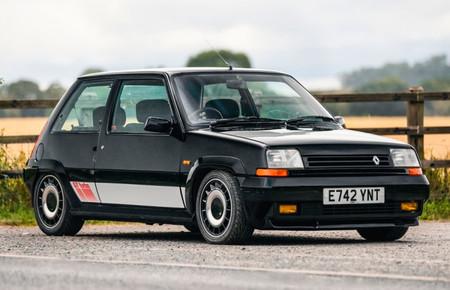 Este Renault 5 GT Turbo es uno de los pocos que han sobrevivido y busca nuevo hogar: se subasta en septiembre