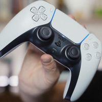 Por fin podemos ver cómo luce en vivo y en directo al nuevo control de PS5: DualSense