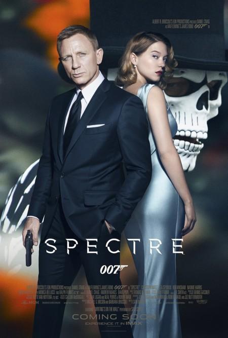 Otro póster de Spectre con Daniel Craig y Léa Seydoux