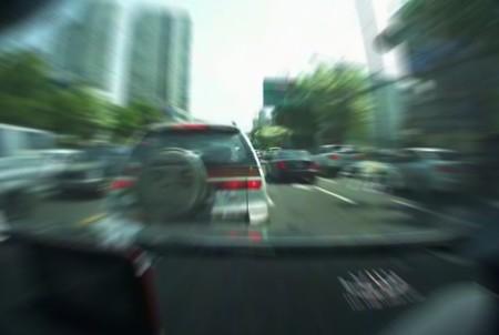 Hay gente con mucha suerte edición XLV: aceleración incontrolada en un Hyundai Sonata