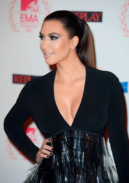 Kim kardashian MTV EMAS 2012