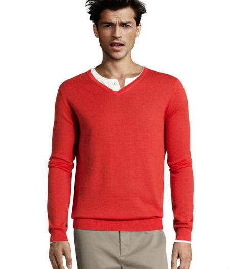 8a4ae3cb27 Pasemos a los pantalones con una importante aclarición  que a nadie se le  ocurra combinar unos pantalones rojos con un jersey del mismo color.