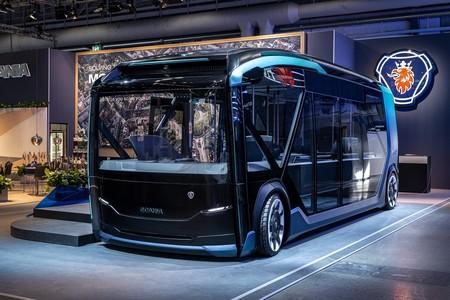 Lo último de Scania es un vehículo eléctrico, modular y autónomo que a ratos es autobús y a ratos camión