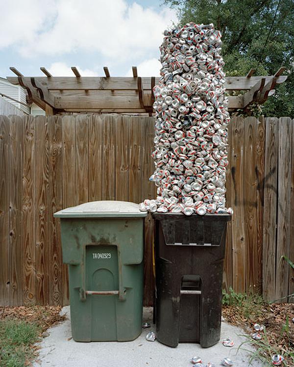 Foto de Material World, esculturas con nuestros desechos (5/7)
