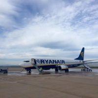 Así ha sido el primer vuelo regular que ha recibido el aeropuerto fantasma de Castellón