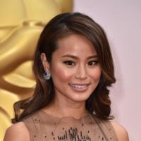 Jamie Chung trae la noche del 4 de julio a la alfombra roja de los Oscar 2015