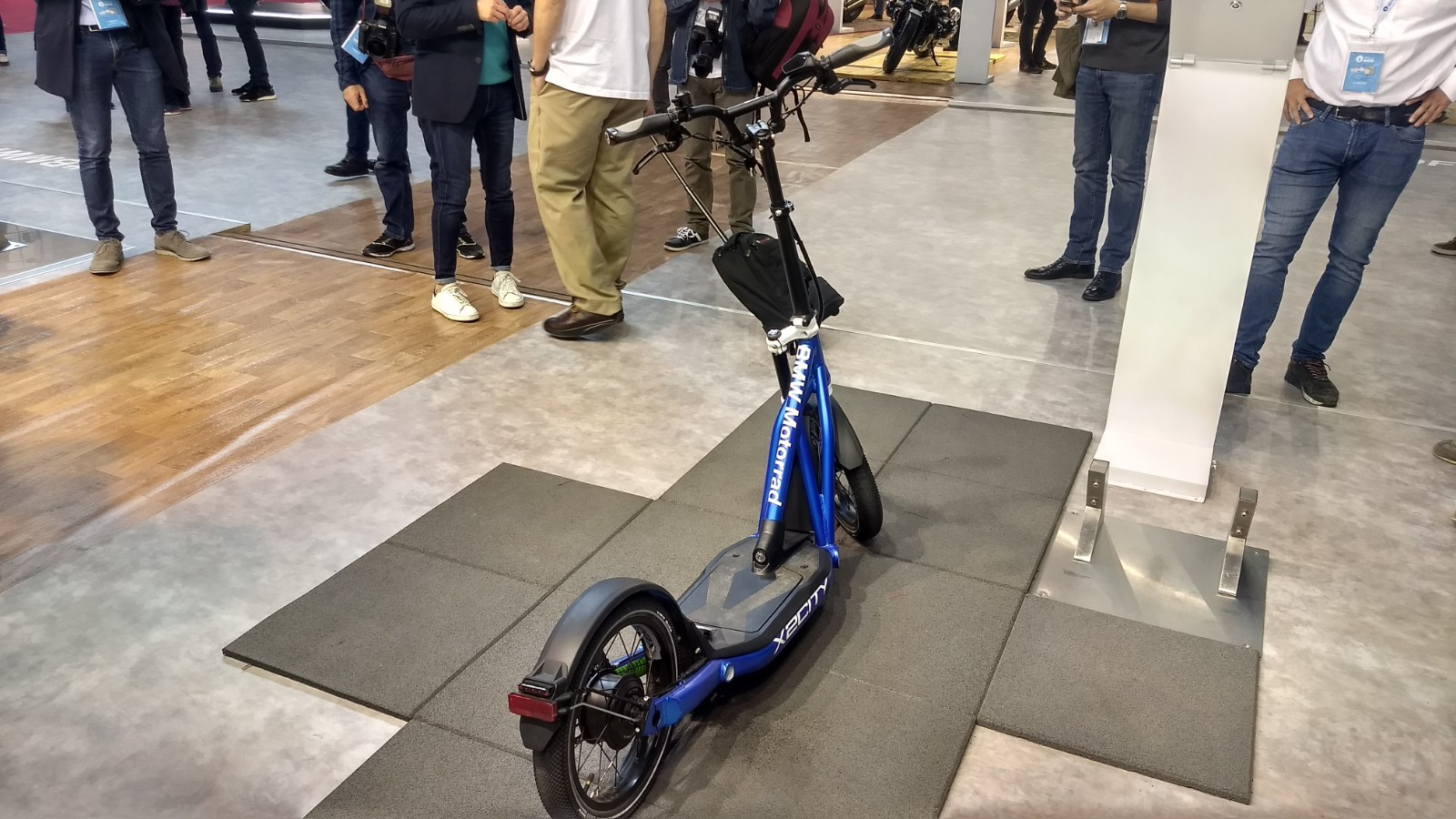 Foto de BMW Motorrad X2City, un patinete eléctrico de la marca alemana (2/10)