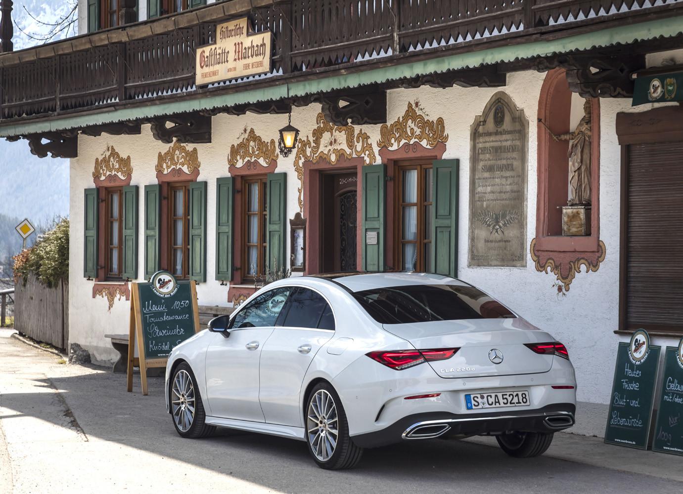 Foto de Mercedes-Benz CLA Coupé 2019, toma de contacto (110/248)