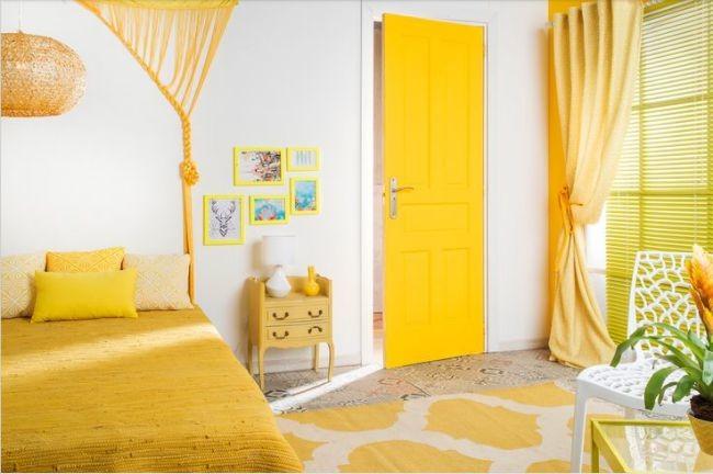 Esto es lo que pasa cuando te decides a renovar las puertas for De que color puedo pintar los marcos de las puertas