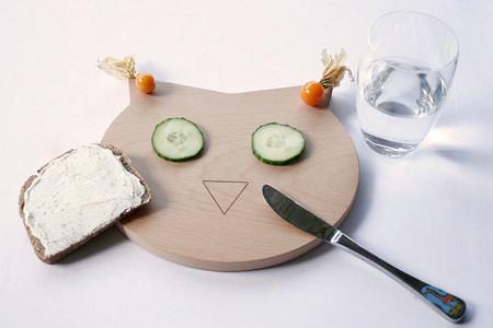 Tablas de cocina con formas de animales. Búho