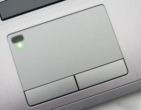 El sensor de huellas irá a parar al touchpad de nuestro portátil