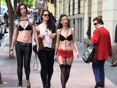 """""""Multiópticas hizo un anuncio degradante para las mujeres y se me ocurrió devolvérselo para ver cuál era la reacción"""", Yolanda Domínguez"""