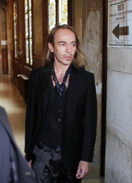 John Galliano podría encontrar su sitio en Óscar de la Renta